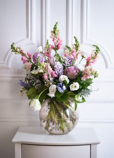Make sure mum has a vase for her Mother's Day flowers