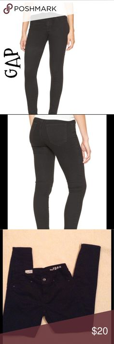 GAP Jean leggings True black in color, perfect condition, worn by worn twice. These are on sale now at Gap for 60 dollars ! GAP Jeans Skinny