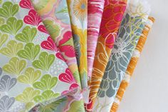 Love this new Blooms fabric from Jessica Swift.  Diary of a Quilter - a quilt blog: Blooma Quilt