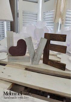 Ξύλινα Αυτοστηριζόμενα Γράμματα Love Bookends, Handmade, Home Decor, Homemade Home Decor, Hand Made, Craft, Decoration Home, Book Holders, Interior Decorating