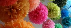 Three types of tissue pompons Diy Pompon, Diy Paper, Paper Crafts, Handmade Crafts, Diy Crafts, Tissue Types, Crafts For Kids, Arts And Crafts, Dyi