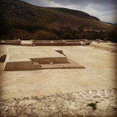 Plaza publica de las ruonas del Cóporo