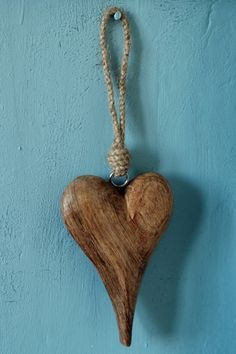 ♥ carved wood heart