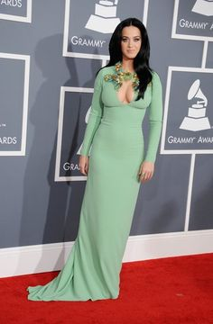 Katy channeled '60s-era glamour in a mint-green Gucci with an embellished, key-hole neckline.