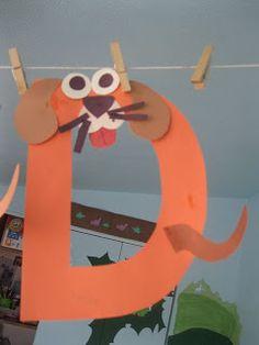 Miss Maren's Monkeys Preschool: letter D - d... d... dog