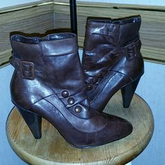 """Bakers Leather 3"""" Heel Ankle Boots BAKERS Size 6 Bakers Leather 3"""" Heel Ankle Boots BAKERS Size 6 Bakers Shoes Ankle Boots & Booties"""