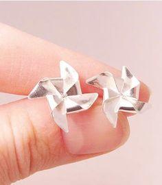 Pinwheel Earrings | http://uncovet.com/silver-pinwheel-earrings?via=HardPin=type56