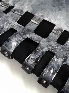 |handpainted|||distress|||leather  |||dECOnstruction Lab