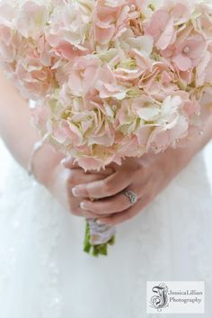 OMG! in love with these wedding floral arrangements - Can I just do them all on my wedding day?