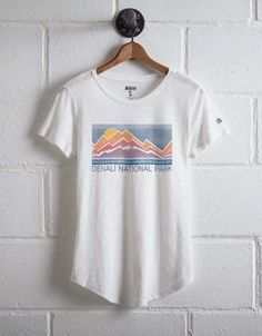 Tailgate Women's Denali T-Shirt