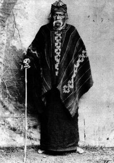 1890. Mapuche Lugar: Araucanía Fotógrafo: Odber Heffer Bisset Año: 1890