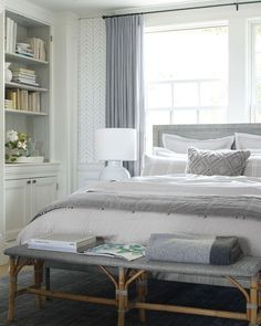 20 Neutral Bedroom Design and Decor Ideas to Add Simplicity and Charm to Your Bedroom - The Trending House Rustic Bedroom Design, Modern Bedroom, Contemporary Bedroom, Bedroom Designs, Eclectic Bedrooms, Contemporary Kitchens, Suite Master, Coastal Master Bedroom, Marble Bedroom