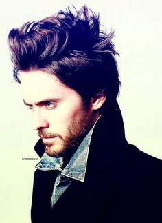 JARED 'hot pants' LETO why are you 40 YEARS OLD?!??