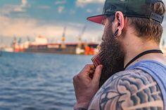 Hamburg  ##BILLBEARDY #bill_beardy #beautifulanddangerous #bart #malemodel ##beardteamusa #fuckthebeard #beardsy #beardo