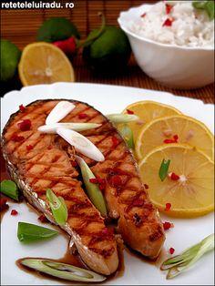 Teriyaki salmon Seafood Dishes, Seafood Recipes, Teriyaki Salmon, Homemade Food, Mediterranean Diet, Salmon Recipes, Easy Cooking, Japanese Food, Hot Dog Buns