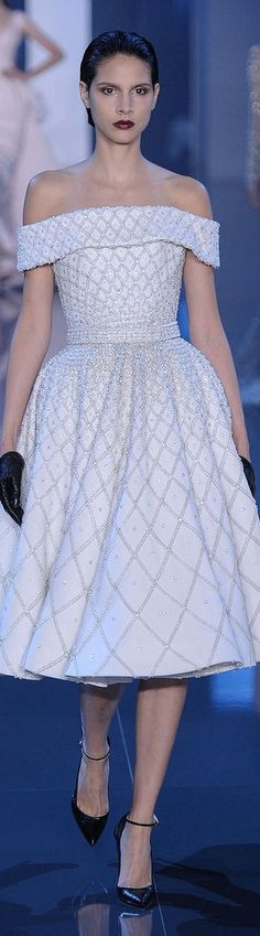 Ralph & Russo Fall 2014-2015 Couture Collection | pinterest: @isabubbble