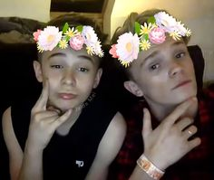do bars and melody have a group sc or not because if not they should get one