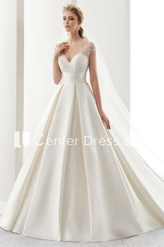Wonderful Perfect Wedding Dress For The Bride Ideas. Ineffable Perfect Wedding Dress For The Bride Ideas. Western Wedding Dresses, Classic Wedding Dress, Sexy Wedding Dresses, Perfect Wedding Dress, Bridal Dresses, Wedding Gowns, Lace Wedding, Ball Dresses, Ball Gowns