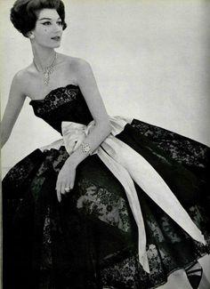 Chanel, 1957.