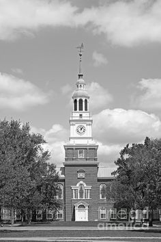 Baker-Berry Library at Dartmouth College Hanover, New Hampshire #Dartmouth #DartmouthCollege
