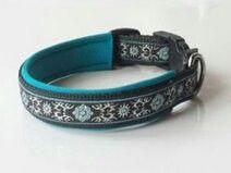 Hundehalsband nach Maß in blau mit mystischen Muster. Preis: 16,95 € Shop-Link: http://leinenspezi.de/shop/#h=1618-1397499619914
