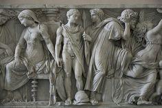 Medea Sarcophagus, 140-150 AD CA. From Porta San Lorenzo, Rome. Pergamonmuseum Antikensammlung, Berlin.