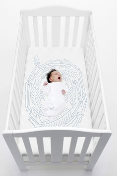 Create a truly unique place for your baby to sleep with this giant nest fitted crib sheet from bed toppings