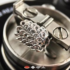Chain Mail coil? Anyways look really nice! #coilbuild #vapeporn #vapelove…
