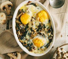 Spanac cu ciuperci si oua coapte - www.Foodstory.ro