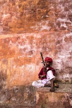Musician in Jaipur - India. I've actually seen him last year;)