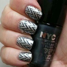 Nail art Blue And White Nails, Class Ring, Nail Polish, Nail Art, Beauty, Beleza, Nail Polishes, Manicures, Nail Arts