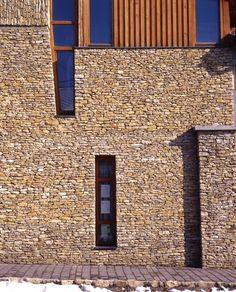 LATIN MEDITERRAN - ürömi latin mediterránkő Fal, Latina, Garage Doors, Outdoor Decor, Home Decor, Decoration Home, Room Decor, Home Interior Design, Carriage Doors