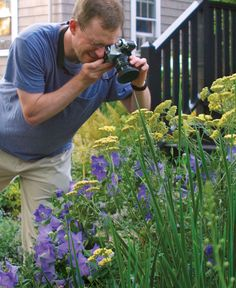 Take Photos that Look as Good as Your GardenThese simple techniques make garden photography easier than you think Fine Gardening, Container Gardening, Organic Gardening, Gardening Tips, Gardening Vegetables, Garden Pictures, Garden Photos, Photography Articles, Wildlife Photography