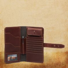 Damned fine wallet: They'll fight for it when you'r dead.
