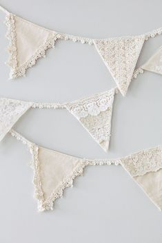 Linen and Lace Bunting. Wedding Bunting Inspiration For Extra Special Touch Doily Bunting, Bunting Template, Bunting Tutorial, Vintage Bunting, Mini Bunting, Wedding Bunting, Fabric Bunting, Bunting Flags, Bunting Garland