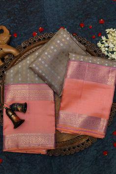 Cotton Saree Designs, Saree Tassels Designs, Half Saree Designs, Saree Blouse Designs, Kanjivaram Sarees Silk, Indian Silk Sarees, Soft Silk Sarees, Saree Color Combinations, Peacock Embroidery Designs