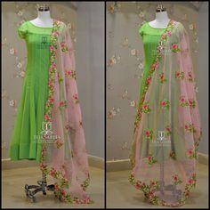 TS-DS- . Stunning parrot green color floor length anarkali dress with blush pink color net dupatta. Dupatta with floret lata design hand Long Dress Design, Dress Neck Designs, Blouse Designs, Kurta Designs, Frock Fashion, Fashion Dresses, Kalamkari Dresses, Long Gown Dress, Indian Gowns Dresses