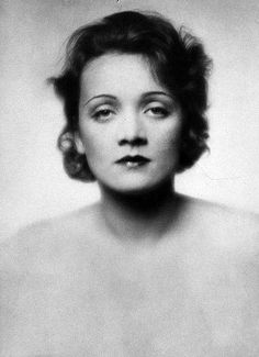 Marlene Dietrich, 1929.