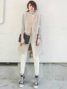 daily style from WEAR japan page Work Fashion, Daily Fashion, Breton Stripes, Daily Look, Daily Style, Grey And Beige, Autumn Fashion, Normcore, Street Style