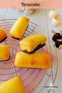 {Browcake : entre brownie et cake} Hésitation entre le brownie et le cake : Le browcake mettra tout le monde d'accord Un gâteau moelleux et parfait pour le goûter #brownie #cake #gouter Brownie, Cake, Brunch, Chocolates, Sweet Recipes, Cooking Recipes, Kuchen, Torte, Cookies