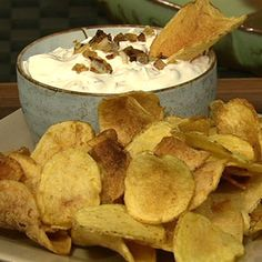 Clinton Kelly's Sour Cream and Onion Dip: There's nothing better than a sour cream and onion dip. Give this one a try at your next party.