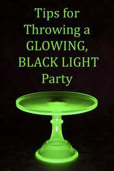 Five tips for throwing a great black light, glow in the dark Halloween or Glow party. Neon Birthday, 13th Birthday Parties, 16th Birthday, Birthday Ideas, Birthday Morning, Party Animals, Theme Halloween, Holidays Halloween, Halloween Ideas