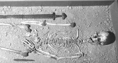 A Viking burial at Islandbridge, Dublin. The Vikings beneath the city. - A Viking burial at Islandbridge, Dublin. The Vikings beneath the city. Viking Warrior, Viking Sword, Viking Life, Medieval Life, Viking Facts, Norwegian Vikings, Old Norse, Historical Images, Anglo Saxon