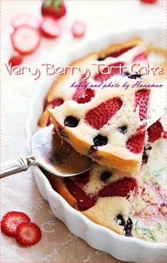 안녕하세요 싸랑하는 이웃님들~ 오늘이 무슨 날인지 아시는 분......?^^ 오늘은... 목요일이잖아요, 4월의 ... Coffee Shop, Berries, Food And Drink, Pudding, Baking, Breakfast, Cake, Ethnic Recipes, Desserts