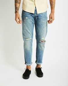 Distressed Levi Jeans | Denim Look | Shop all denim at The Idle Man | #StyleMadeEasy