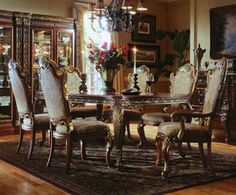 old south vintage dining room furniture | Classic Chandelier Flowers Vase Antique Dining Room Furniture Image