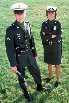 US Army Military Police Uniforms Military Police Army, Military Women, Military History, Us Army, Navy Uniforms, Police Uniforms, British Army Uniform, Men In Uniform, Uniform Insignia