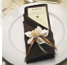 I doubt that I will be having menus at my reception, but this is certainly a very cute idea I might use elsewhere! Wedding Menu, Free Wedding, Wedding Paper, Wedding Cards, Formal Wedding, Wedding Ideas, Dinner Party Menu, Dinner Napkins, Wedding Table Settings