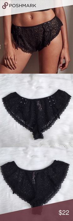 Sale🎉🎉VS Lace Short Size S Nwt ✨✨Check out my Closet ;) ✨✨ All Sale are Final No Return, No Exchange Victoria's Secret Intimates & Sleepwear Panties
