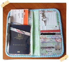 How to Make a Travel Wallet/Organizer PDF Digital File Bag Sewing, Diy Wallet, Cash Wallet, Passport Wallet, Purse Organization, Best Christmas Gifts, Purses And Bags, Sewing Projects, Sewing Tips